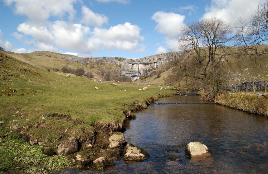 England's Inspiring Spots Worth Exploring